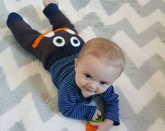 Crochet Monster Pants, crochet baby pants, baby gifts, baby shower gift ideas, handmade gifts