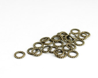 Antique Brass Twisted Linking Rings Circle Charms - 50 Pieces