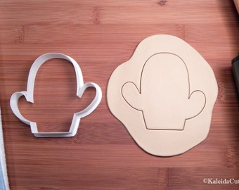 Cactus Cookie Cutter. Chubby Cookie Cutter. 3D Printed. Flower Cookie Cutter. Chubby Cactus Cookies. Easter Cookies.