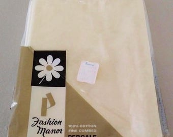 On Sale Penneys, Fashion Manor, Percale Pillowcase Set, Pale Yellow, Set of 2, 100% Cotton, Vintage and NEW, 186 Thread Count, Vintage Set