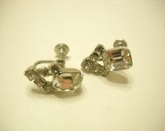 Vintage Clear Rhinestone Screwback Earrings (385)