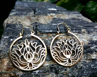 Tribal Brass Earrings, Lotus design. Brass Tribal Earrings, Boho Earrings. Hoop Earrings. Lotus Earrings, Bohemian jewelry