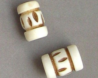 2 beads ethnic natural bone off-white with Brown patterns