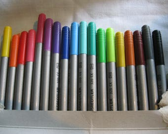 Steadtler Duo-Color Markers set of 36