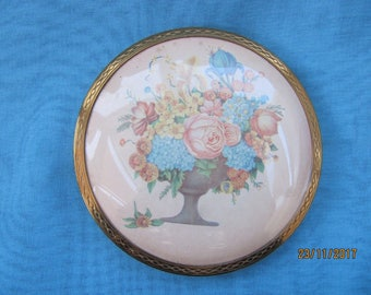Lovely Floral Vintage Powder Compact