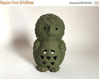 "Sale - Vintage 1970's Indoor / Outdoor 9-1/8"" tall Green Owl Candle Luminary Lantern"