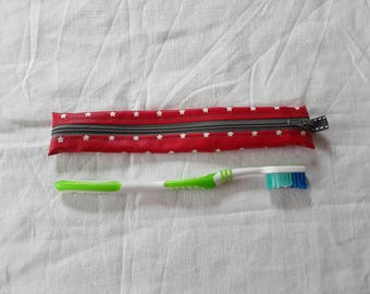 Pouch / Holster toothbrush red oilcloth with white stars (3)