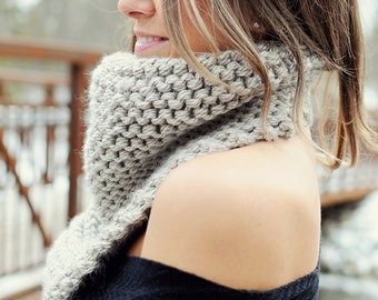 Knitting Pattern - Chunky Bandana Scarf // Cozy Up