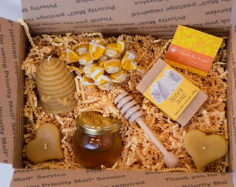 Small Raw Honey & Beeswax Candle Food Gift Box for a  Birthday Gift, Hostess Gift, Welcome Gift, Holiday Gift
