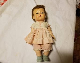 Vintage 1960s Tiny tears doll
