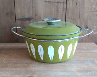 Catherine Holm Dutch Oven in Green and White