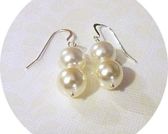 Pearl Earrings, Ivory and White Earrings, 2 Tone Earrings, Bridal Jewelry, Bridesmaid Earrings, Bridal Accessories, Wedding Earrings, Dangle