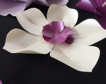 10 magnolia paper flowers/ Baby Bridal shower/Wedding favours/Thank you gifts/Keepsake/Party favours/Birthday party decor/Sweet table decor