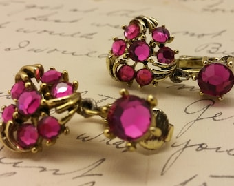 Vintage Fucshia Pink Rhinestone Clip on Earrings Prong Set Stones WOW Bling Sparkle Gift For Her Mother's Day Birthday Wedding Brides Maid