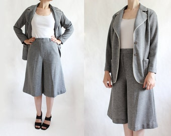 Vintage 1970s Grey Knit Culottes Shorts & Jacket Suit