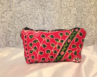 Quilted Floral Small Zippered Pouch