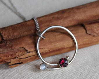 Garnet moonstone sterling silver pendant. Circle necklace. Red stone. White stone. January birthstone Wear eveyday