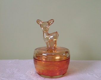 Peach luster fawn Jeannette glass trinket box - box powder or iridescent glass - deer silhouette jewelry / / made in the United States