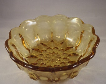 Vintage 1970s Anchor Hocking FAIRFIELD Amber Gold Pressed Glass Serving Bowl