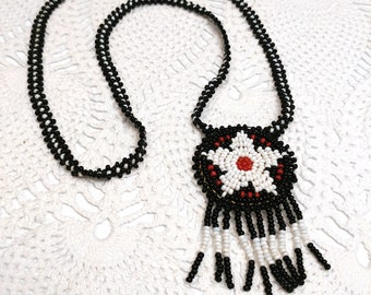 Vintage native American beaded medallion necklace with star design / Black white and red
