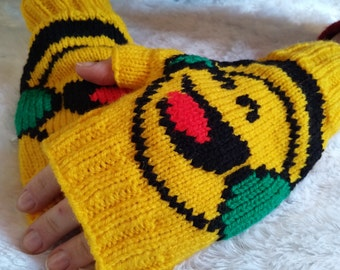 Emoji Yellow Fingerless Gloves with Smiley Face