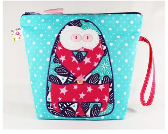 Penguin school kit, Penguin toilet kit, Penguin big pouch, Penguin pouch, cupcake, snow, Winter