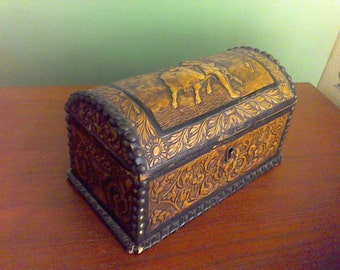 Hand tooled Leather box Jewelry box, trinket box, Domed lid