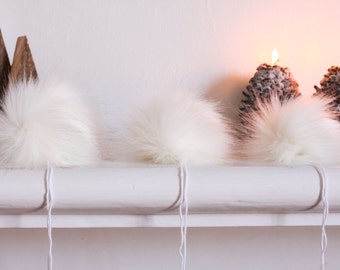 Arctic Fox Faux Fur Pompom. White Faux Fur Pompoms. White Fur Pompom.