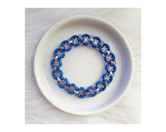 Stretchy Helm Weave | Chainmaille Bracelet