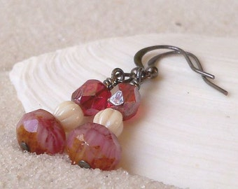 Bead Jewelry - Bead Earrings - Gift for Mom - Dangle Earrings - Pink Earrings - Glass Bead Jewelry - Beaded Dangle Earrings - Drop Earrings