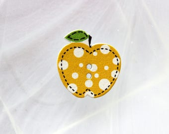 Wood button Apple yellow