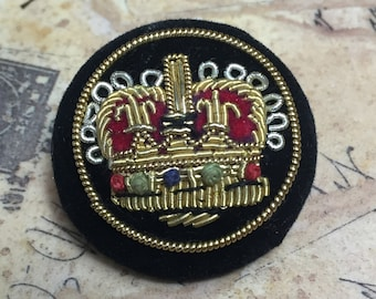 Crown Button - Embroidered Buttons - Black Velvet Crown Button - Metallic Embroidered Button - Beaded Button - B 114 - 4 Buttons