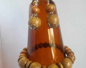 Wooden bracelet, wood earrings set, dangle earrings, lightweight