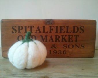 Felted pumpkin, autumn decor, home decor, handmade, autumnal home decor, pumpkins, squash, faux food, seasonal.