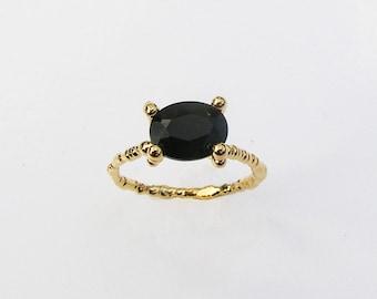 14k Yellow or White Gold Ring, Black Onyx Stone Ring, Oval Stone Ring, Hand Carved Gold Ring, Unique Gold Ring, Rose Gold Ring