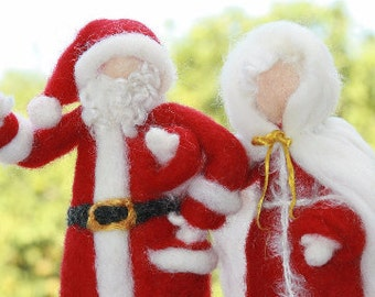 Needle Felted Santa Claus and Mrs Claus/Felted Dolls/Waldorf Inspired Santa/Winter Nature Table Santa