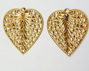 Heart charm gold heart pendants 10 filigree gold to decorate leaf pendant heart pendant for jewelry making