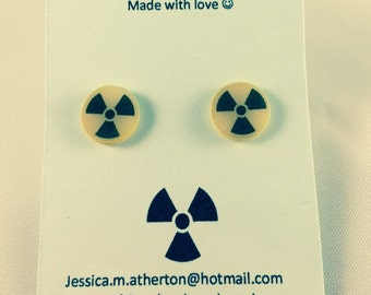 Radioactive studs