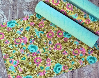 Teal and Pink Table Mats - Quilted Placemats - Floral Placemats - Kitchen Decor - Summer Placemats - Table Decor - Fabric Placemats