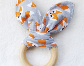 Natural Wooden Teether with Crinkles - Modern Fox Organic Cotton - Neutral Baby Gift - Natural Teething Solutions