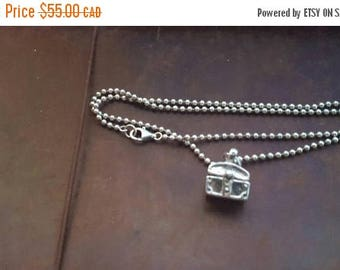 ON SALE Vintage Sterling Silver Necklace with Silver Box Pendant