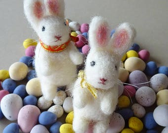 Set of 2 needle felted white bunny rabbit tree ornaments - Easter / Spring decorations - cute nursery decor