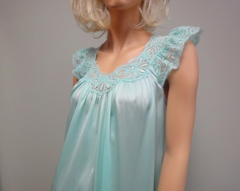 Vintage 80s Short Nylon and Lace Nightgown by Shadowline in Pale Turquoise Glacier Blue Size Small