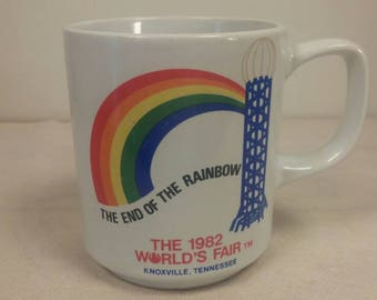 Vintage 1982 World's Fair held in Chattanooga, Tennessee Coffee Cup / Mug in Excellent Condition! Great Souvenir!