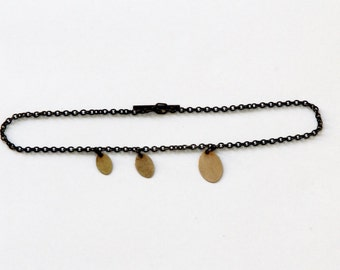 BLOSSOM arm Black-Gold - Bracelet made of oxidized Sterling Silver and 8karat Gold