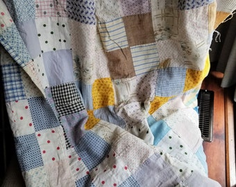 Old Antique Patchwork Quilt Top 72 x 80 Inches / Feedsack & Cotton / Circa 1920s - 1930s