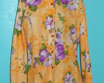 "70s Vintage ""Pykettes"" Plus Size Ladies Poly Flowered Long Sleeve Disco Shirt — XL"