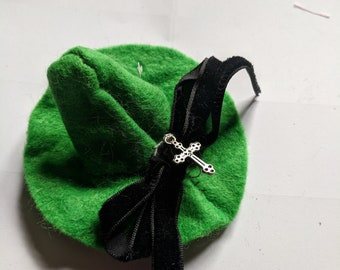 Witch Hat ( dark Green)