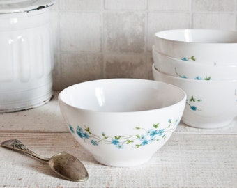 "Set of 4 Arcopal Milk Glass ""Veronica"" Bowl Blue Flowers || Vintage French Bowl"