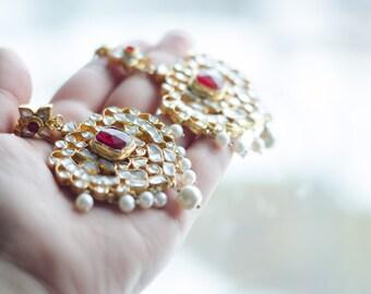 Paan Shaped Kundan Earrings